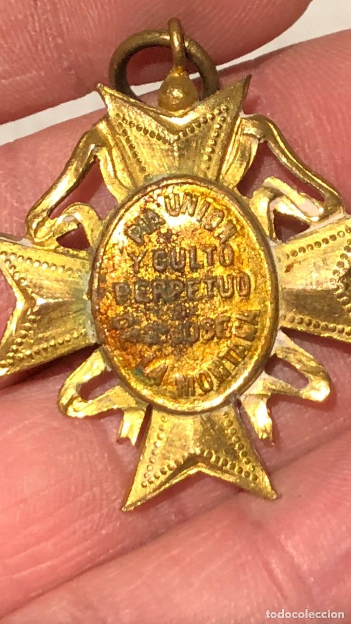 Antigüedades: Bonita medalla religiosa dorada al Mercurio - Foto 5 - 240716130