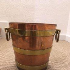 Antigüedades: MACETERO DE COBRE Y BRONCE. Lote 240866870