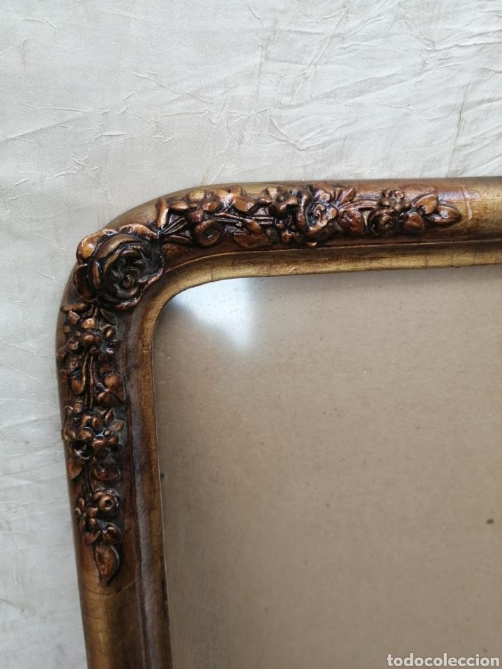 Antigüedades: Antiguo Marco madera con cristal ahumado siglo xix - Foto 3 - 240885275