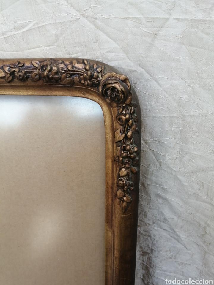 Antigüedades: Antiguo Marco madera con cristal ahumado siglo xix - Foto 5 - 240885275