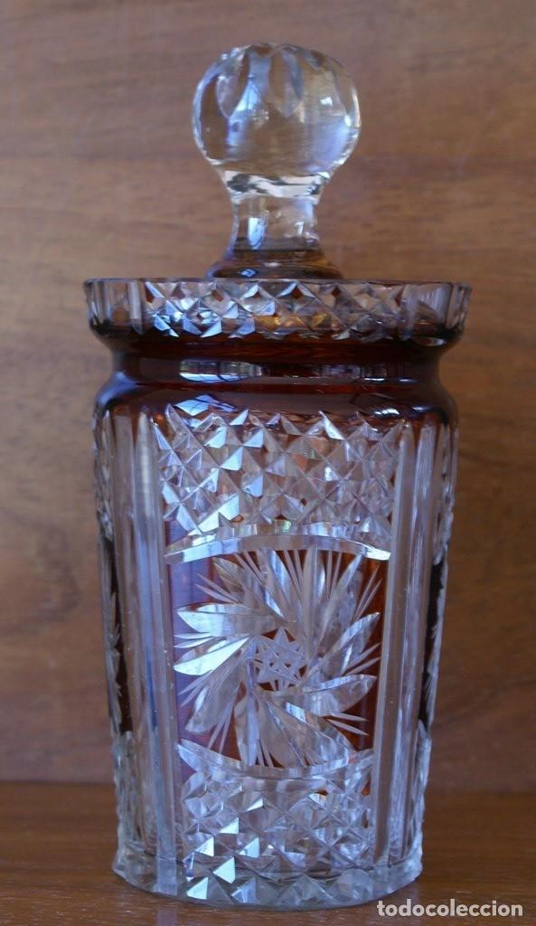 ANTIGUO AZUCARERO CRISTAL TALLADO BLANCO Y COLOR CARAMELO 467 GR 13CM HASTA EMBASE 18 CM HASTA TAPON (Antigüedades - Cristal y Vidrio - Bohemia)