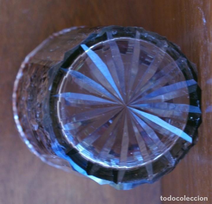 Antigüedades: ANTIGUO AZUCARERO CRISTAL TALLADO BLANCO Y COLOR CARAMELO 467 GR 13CM HASTA EMBASE 18 CM HASTA TAPON - Foto 3 - 240915365
