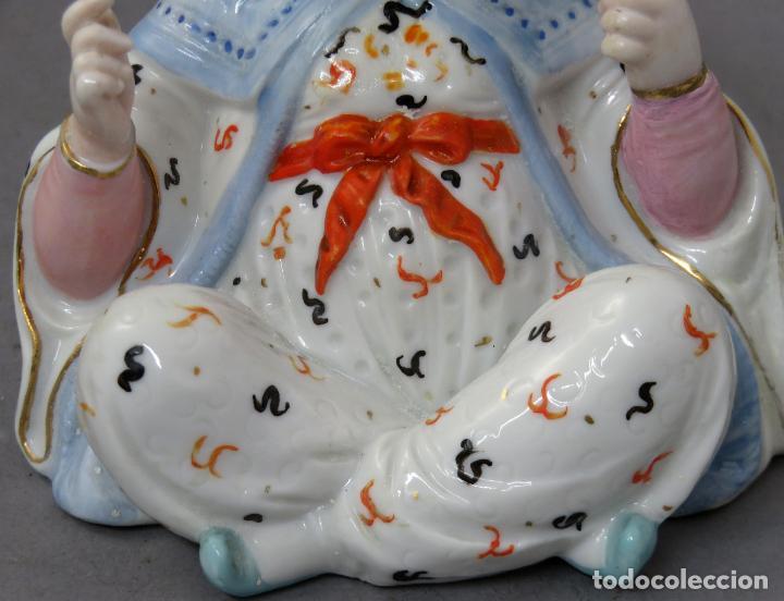 Antigüedades: Figura personaje chino en porcelana vidriada con cabeza móvil Europa principios del siglo XX - Foto 6 - 241055945
