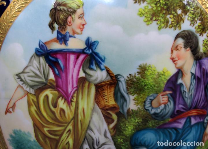 Antigüedades: Pareja de copas de porcelana azul cobalto y bronce dorado Hispania Salvador Mallol mediados siglo XX - Foto 11 - 241063015