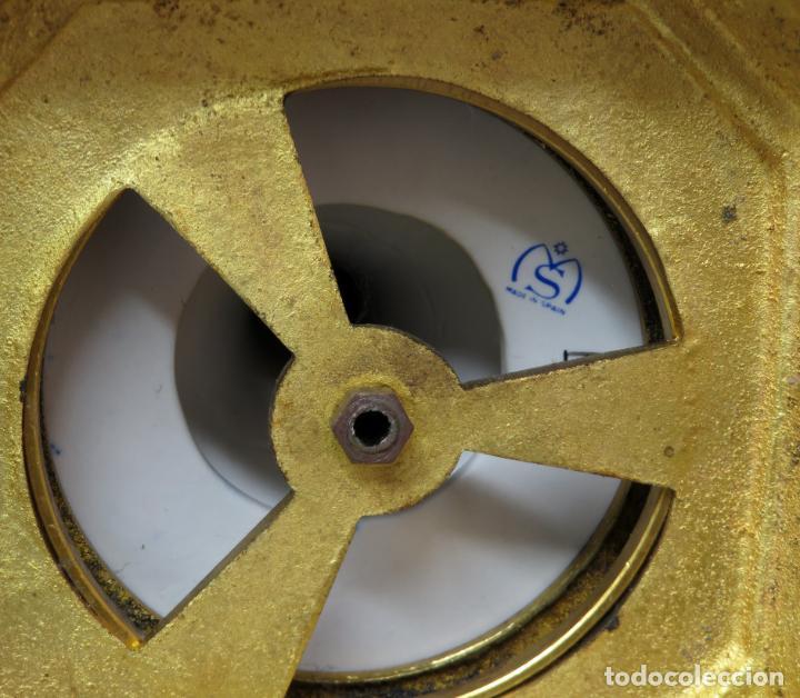 Antigüedades: Pareja de copas de porcelana azul cobalto y bronce dorado Hispania Salvador Mallol mediados siglo XX - Foto 29 - 241063015