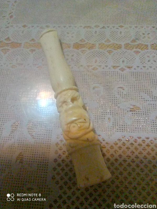 BOQUILLA ANTIGUA DE HUESO TALLADO DE FUMADOR ART DECO (Antigüedades - Moda y Complementos - Hombre)