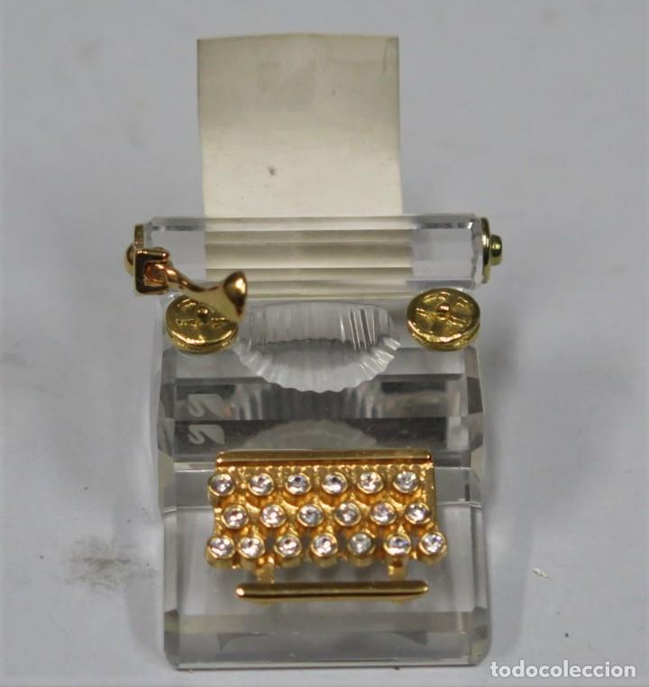 MAQUINA DE ESCRIBIR DE CRISTAL. SWAROVSKI (Antigüedades - Cristal y Vidrio - Swarovski)
