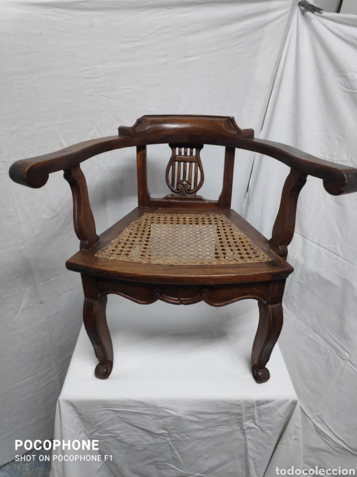 SILLONCITO DE LIRA (Antigüedades - Muebles Antiguos - Sillones Antiguos)
