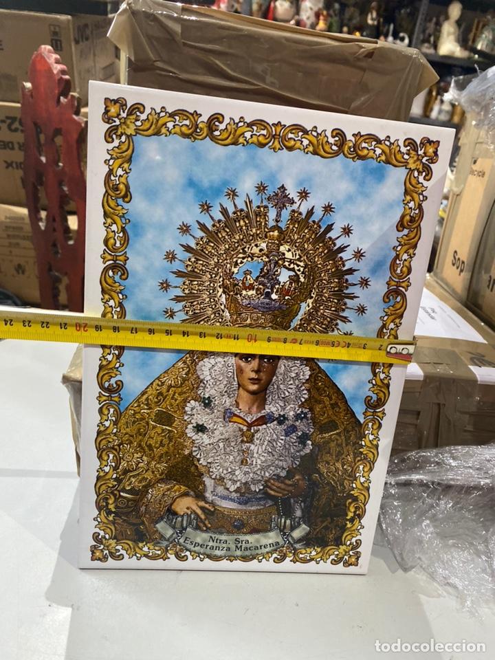 Antigüedades: BALDOSA VIRGEN DE LA MACARENA & NUESTRA SEÑORA DE LA ESPERANZA.30X20 CM . VER FOTOS - Foto 4 - 241186265