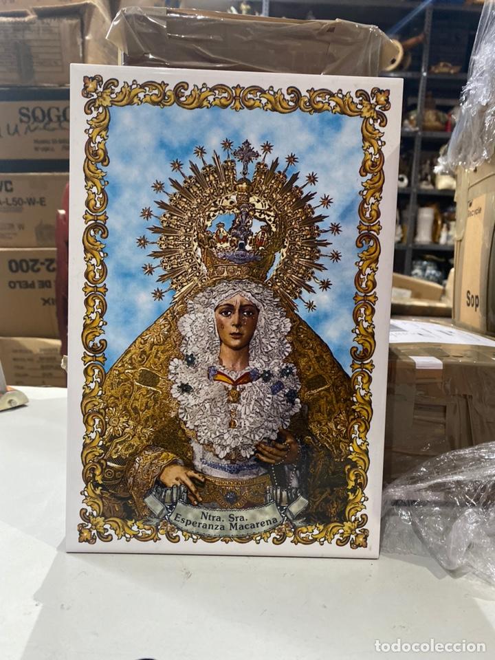 BALDOSA VIRGEN DE LA MACARENA & NUESTRA SEÑORA DE LA ESPERANZA.30X20 CM . VER FOTOS (Antigüedades - Religiosas - Varios)