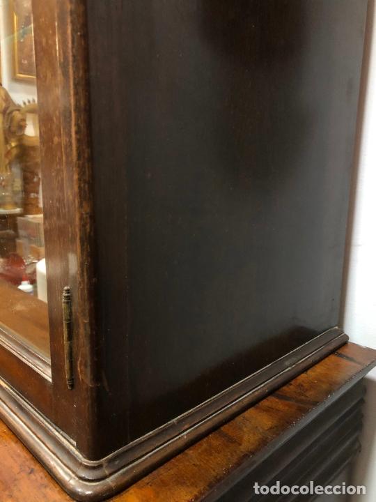 Antigüedades: GRAN VITRINA DE MADERA - MEDIDA TOTAL 131X148X42 CM - Foto 10 - 241234050