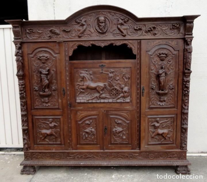 Antigüedades: Libreria antigua de despacho estilo renacimiento muy tallada en madera de haya - Foto 4 - 259769845