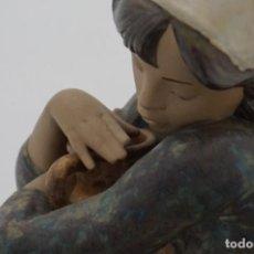 Antigüedades: FASTASTICA GRAN FIGURA DE LLADRO AÑOS 60 - CANTARERA REPOSANDO - IMPECABLE!. Lote 241379430