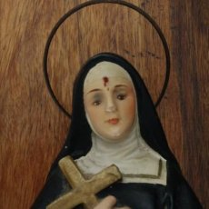 Antigüedades: SANTA RITA ESCULTURA FIGURA RELIGIOSA DE ESTUCO DE OLOT. Lote 241426720