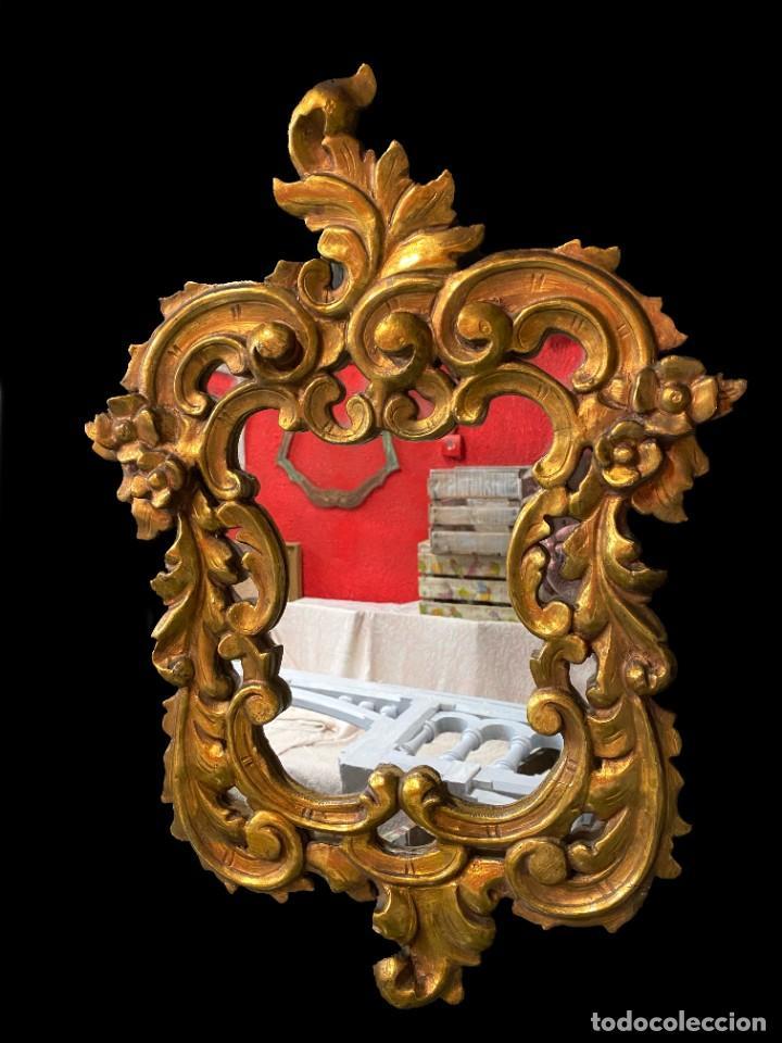 ANTIGUA CORNUCOPIA, ESPEJO DE MADERA DORADA AL ORO FINO. SIGLO XIX. 65X46 (Antigüedades - Muebles Antiguos - Cornucopias Antiguas)