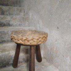 Antigüedades: BANQUETA TABURETE ORIGINAL. Lote 241455110