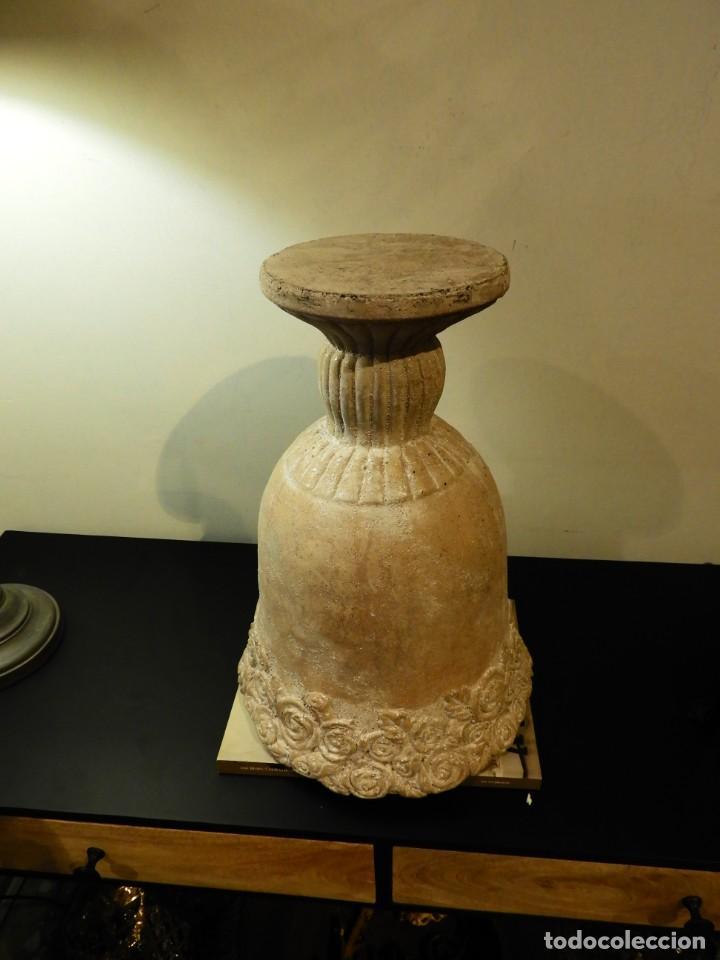 Antigüedades: MACETERO COPA DE BARRO CON BONITA GRECA - Foto 5 - 241462610
