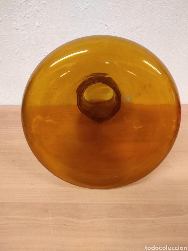 Antigüedades: Jarrón florero bufado de color marrón con cuello torneado - Foto 4 - 241746300