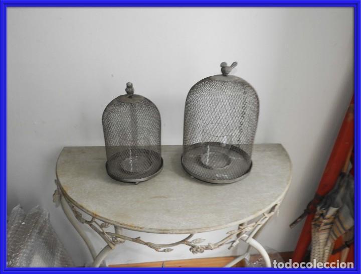 PAREJA DE FANALES PARA VELA DE REJILLA DE METAL SUPERDECORATIVOS (Antigüedades - Hogar y Decoración - Portavelas Antiguas)