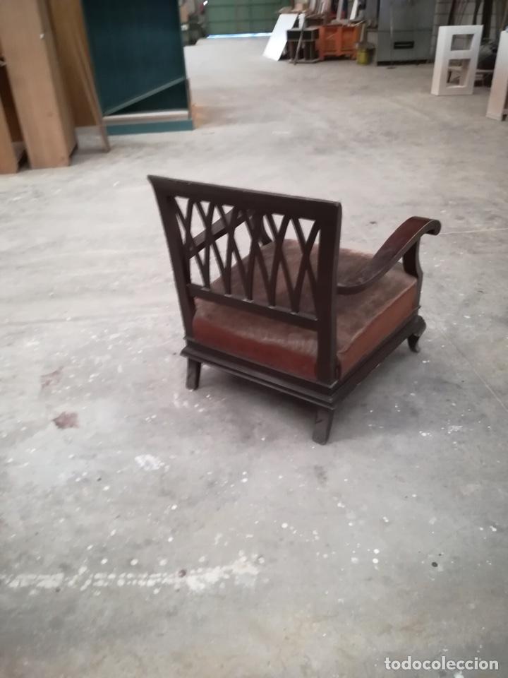 Antigüedades: Cama de matrimonio madera color caoba. Buen estado. Somier de Lamas de madera. LA CAMA ESTÁ EN ILLE - Foto 18 - 102747219