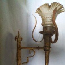 Antigüedades: APLIQUE RUSTICO. Lote 241990045