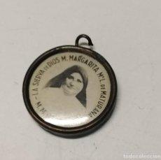 Antigüedades: MEDALLA RELICARIO M. MARGARITA MARIA L. DE MATURANA. Lote 242007170