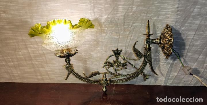 MAGNIFICO APLIQUE, LAMPARA MODERNISTA , NEOGOTICO (Antigüedades - Iluminación - Apliques Antiguos)