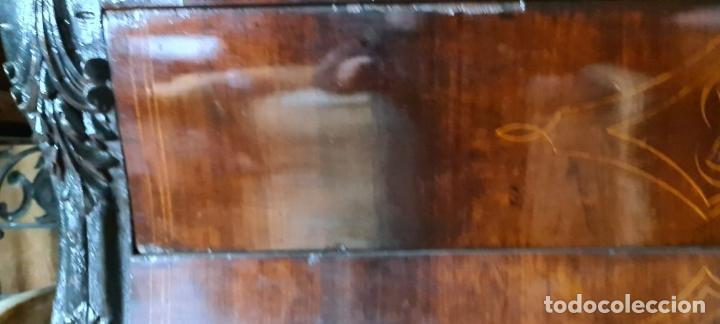 Antigüedades: COMODA EN MADERA DE PALISANDRO. ESTILO ISABELINO. MARQUETERIA DE BOJ. SIGLO XIX. - Foto 13 - 242040395