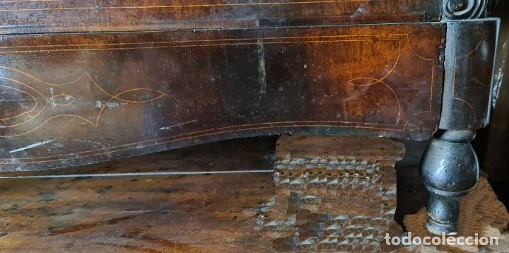 Antigüedades: COMODA EN MADERA DE PALISANDRO. ESTILO ISABELINO. MARQUETERIA DE BOJ. SIGLO XIX. - Foto 16 - 242040395