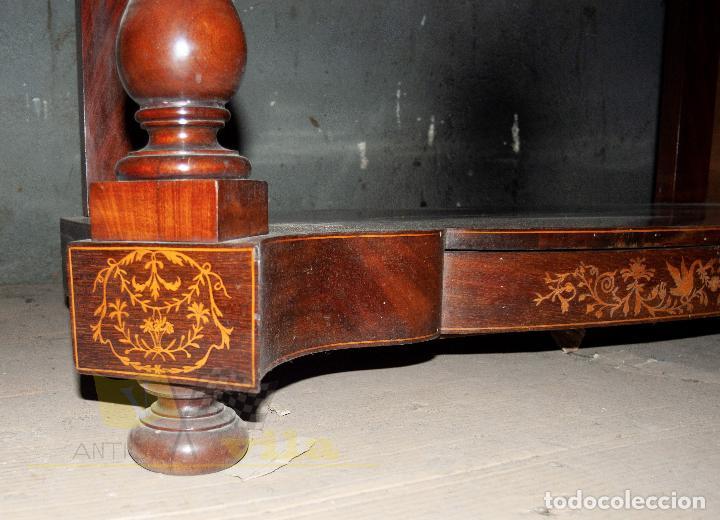 Antigüedades: Espectacular consola antigua del siglo XIX - Molduras doradas, motivos naturales y espejo opaco - Foto 12 - 242119770