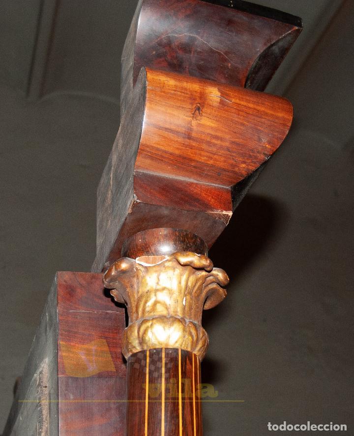 Antigüedades: Espectacular consola antigua del siglo XIX - Molduras doradas, motivos naturales y espejo opaco - Foto 17 - 242119770