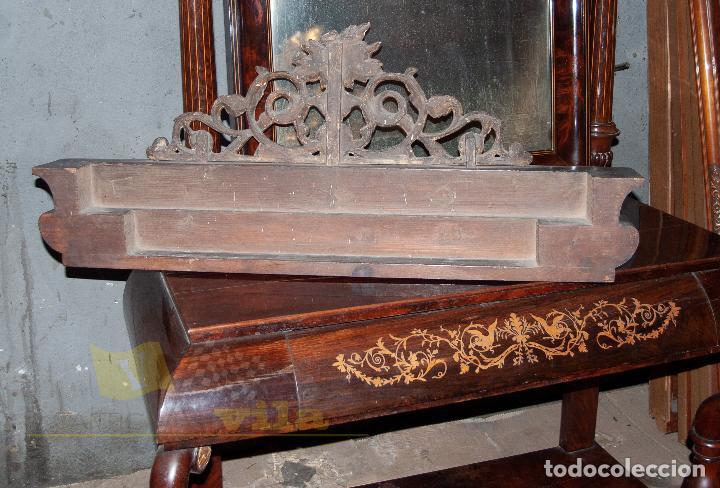 Antigüedades: Espectacular consola antigua del siglo XIX - Molduras doradas, motivos naturales y espejo opaco - Foto 20 - 242119770