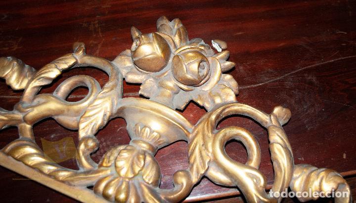 Antigüedades: Espectacular consola antigua del siglo XIX - Molduras doradas, motivos naturales y espejo opaco - Foto 21 - 242119770
