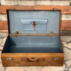 Antigüedades: ANTIGUA AÑO 1900 MALETA CUERO DE LUJO DE VIAJE IDEAL PARA COCHE DE EPOCA MEDIDAS 80 X,43,X 23 CM 430. Lote 242181160
