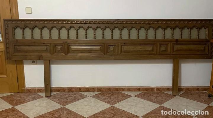 CABECERO CORRIDO ESTILO ESPAÑOL (Antigüedades - Muebles Antiguos - Camas Antiguas)