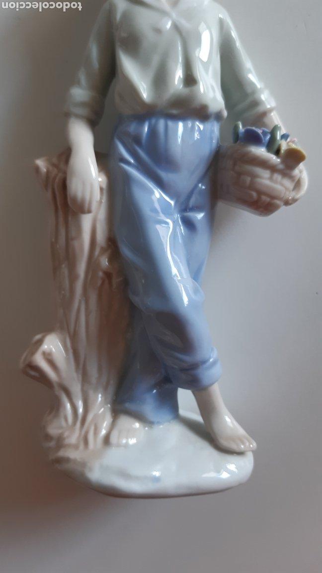 Antigüedades: Figura porcelana Niño Valencia - Valenciana. Posiblemente Algora - Foto 2 - 242817260