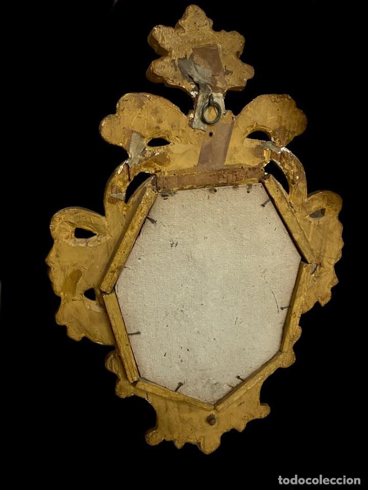 Antigüedades: Antigua pareja de espejos, cornucopias barrocas, doradas al oro fino con candelero. 52x34. XVIII - Foto 4 - 242828350