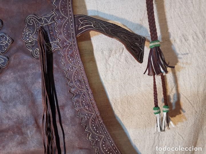 Antigüedades: ANTIGUOS ZAHONES ANDALUCES CABALLERIA GANADERO JINETE CUERO BECERRO -ANDALUCIA - Foto 7 - 242881715