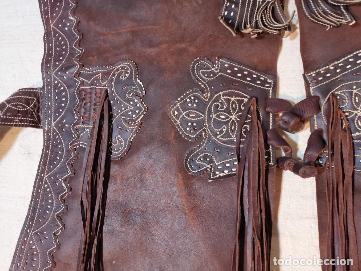 Antigüedades: ANTIGUOS ZAHONES ANDALUCES CABALLERIA GANADERO JINETE CUERO BECERRO -ANDALUCIA - Foto 11 - 242881715