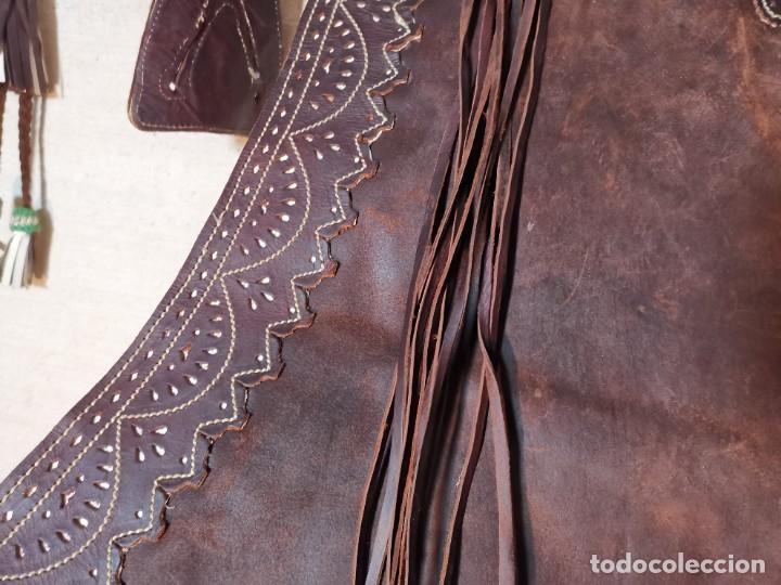 Antigüedades: ANTIGUOS ZAHONES ANDALUCES CABALLERIA GANADERO JINETE CUERO BECERRO -ANDALUCIA - Foto 29 - 242881715