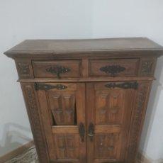 Antigüedades: ANTIGUO MUEBLE ESTILO CASTELLANO. Lote 242984740