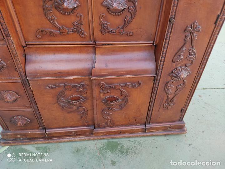 Antigüedades: mueble de maquina de coser - Foto 3 - 243018030