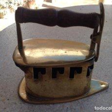 Antigüedades: UN PLANCHA DE COBRE ANTIQUA. Lote 243197355