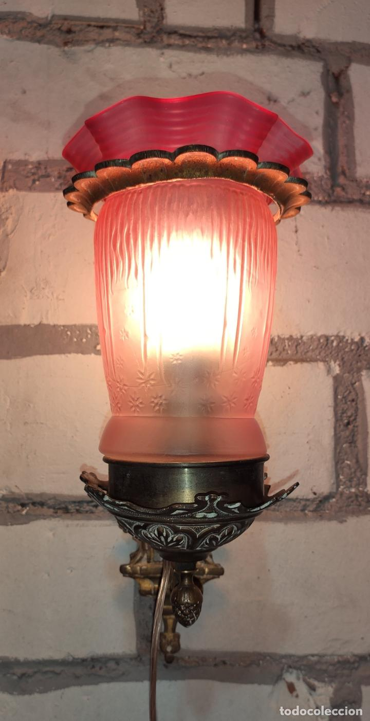 Antigüedades: INTERESANTE APLIQUE.LUZ, LAMPARA, MODERNISTA LINTERNA NEOGOTICA - Foto 3 - 243223245