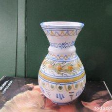 Antigüedades: JARRÓN DE TALAVERA - PINTADO A MANO SPAIN NUMERADO. Lote 243233990