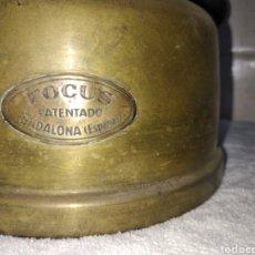 Antigüedades: ANTIGUA LAMPARA DE PETRÓLEO FOCUS T8 PATENTADO BADALONA. Lote 243268960
