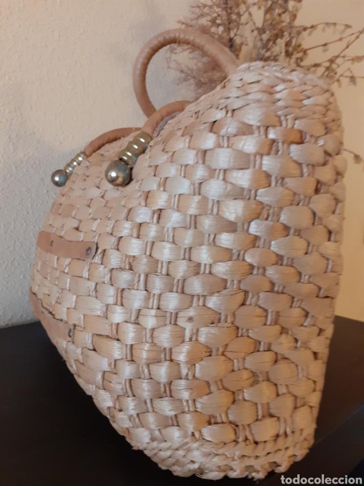Antigüedades: Bolso de MIMBRE MEDIDAS 44 cm de LARGO X 27 cm de ALTO - Foto 3 - 243588240