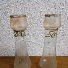Antigüedades: PAREJA DE JARRONES DE VIDRIO CATALÁN SOPLADO. Lote 243593575
