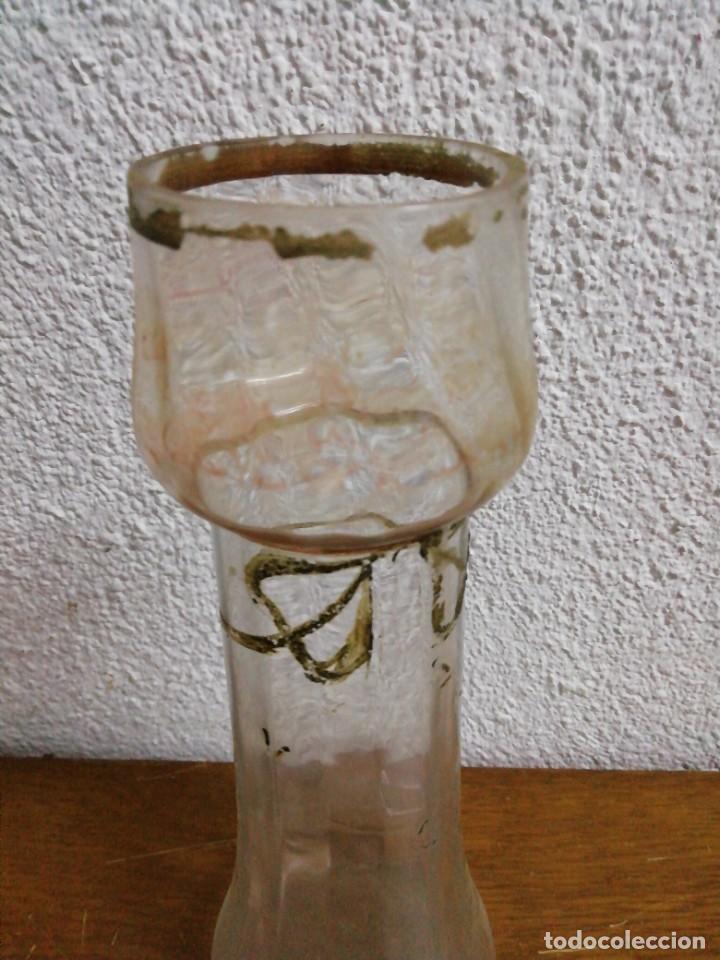 Antigüedades: Pareja de jarrones de vidrio catalán soplado - Foto 2 - 243593575