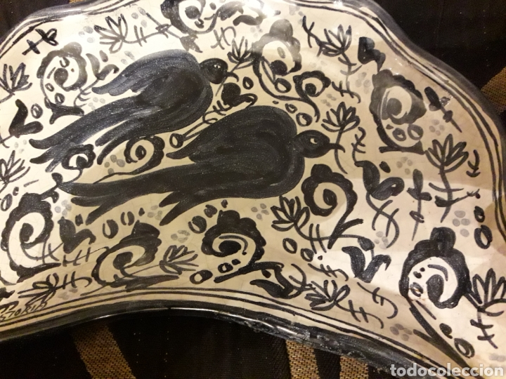 Antigüedades: Original bandeja de cerámica de Puente del Arzobispo, pintada a mano - Foto 2 - 243656325